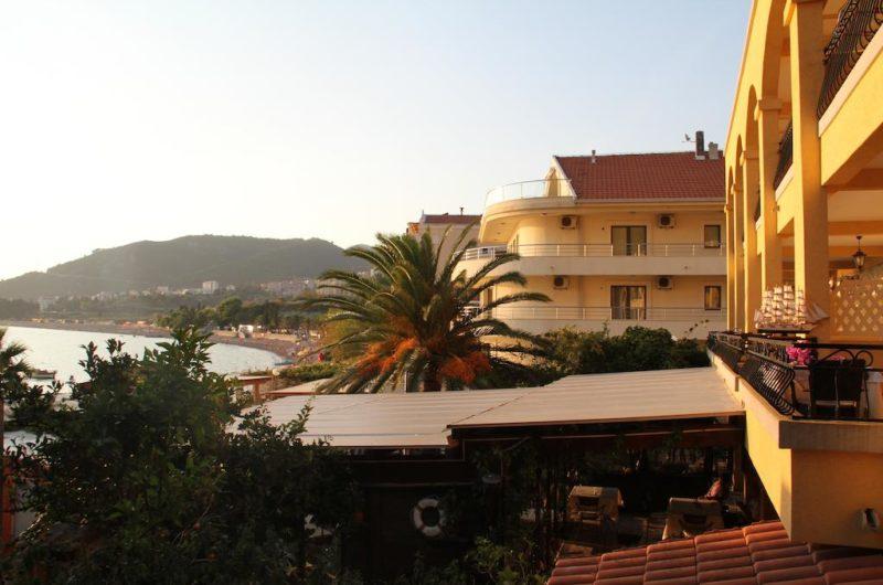 відпочинок в чорногорії, відпустка в чорногорії, поїхати на море в чорногорію