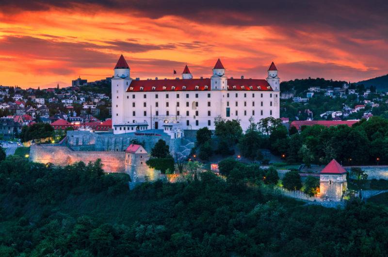 тури до словаччини, поїхати в братиславу