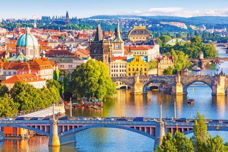 автобусні тури, тури в європу, тури в прагу, відвідати чехію